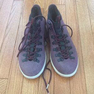 b7524588db7 Native Fitzsimmons hiking boots